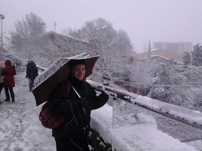 Estela de 40milia, en la nieve.